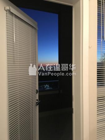 SFU山上豪华公寓两室两卫大户型出租(地暖) 含全套家具