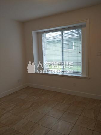 温哥华东区近一街大统新屋平地两房一厅出租