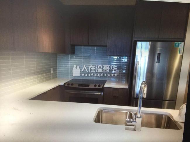 SFU 山上 2房1卫1年新公寓,带家具,9月入住