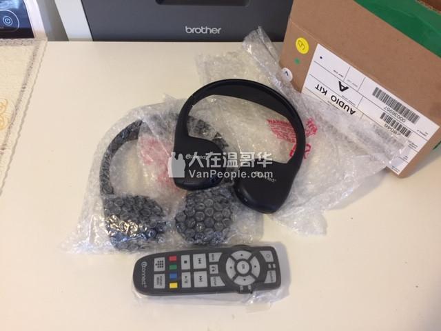 全新车载无线耳机带遥控,果汁机,颈部按摩器,电视电脑接线,电插头,HDMI线,小音箱,路由器,电话机;