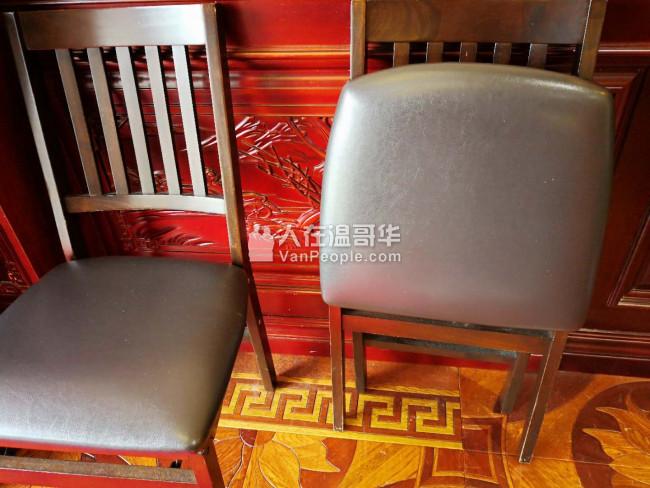 餐馆用服务员制服 ,折叠椅,大量盘子等