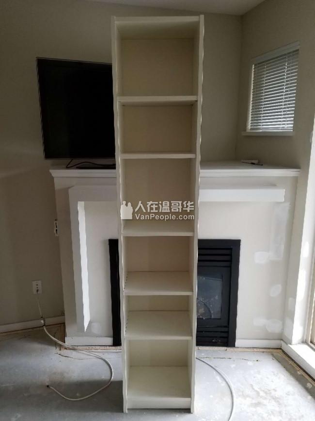 閒置兩層櫃臺、五層柜桶、多層書架