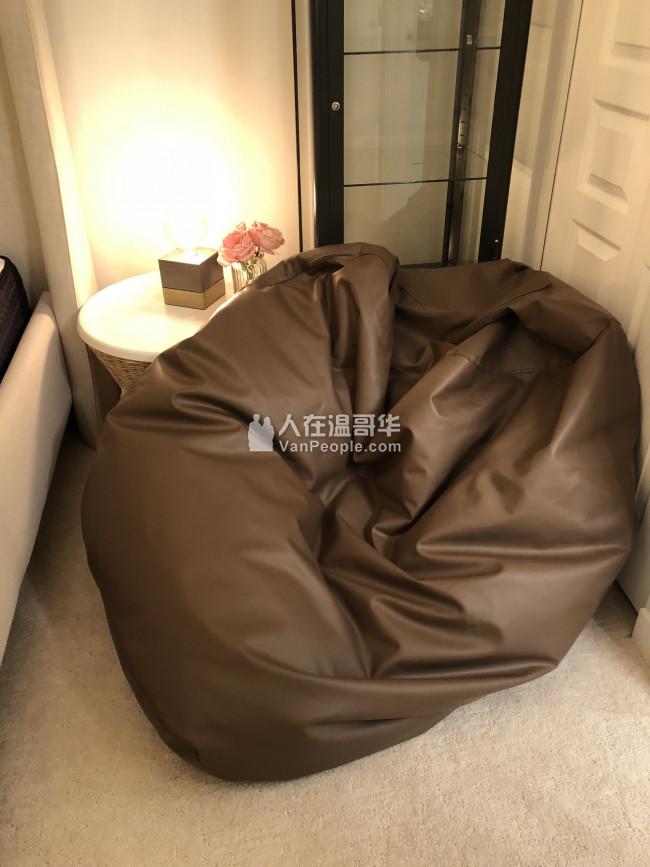 意大利品牌皮革懒人沙发9成新原价$300/现价$80