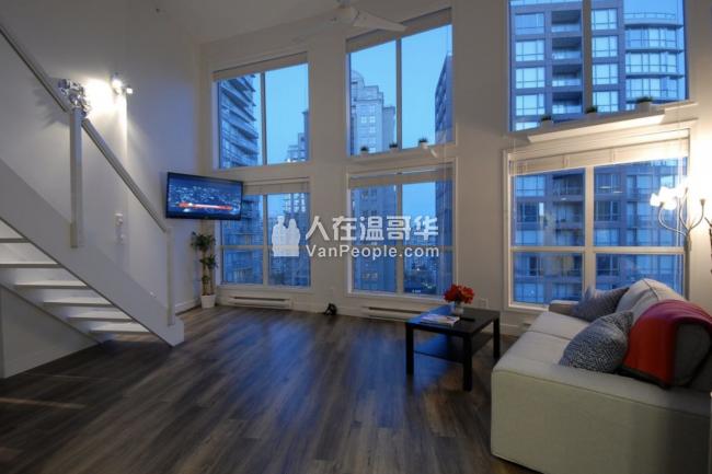 温哥华黄金地段高档跃层的penthouse出租