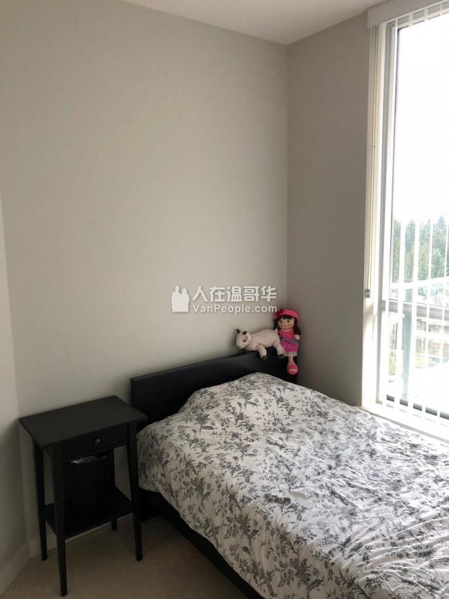 高贵林新公寓二房二卫其中一房招室友