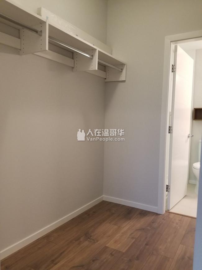 全新公寓2房2卫 出租 交通便利
