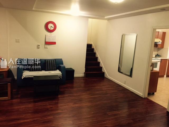 出租Richmond中国世界附近独立屋房间,新装修带家具,月租550$,包所有费用;共用客厅、厨房、洗衣房、卫生间;