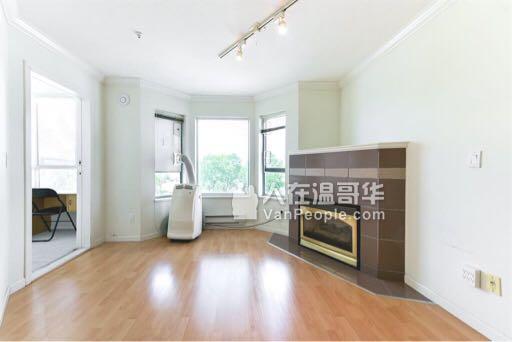温东1Bed 1Den 1Storage旧房新装修