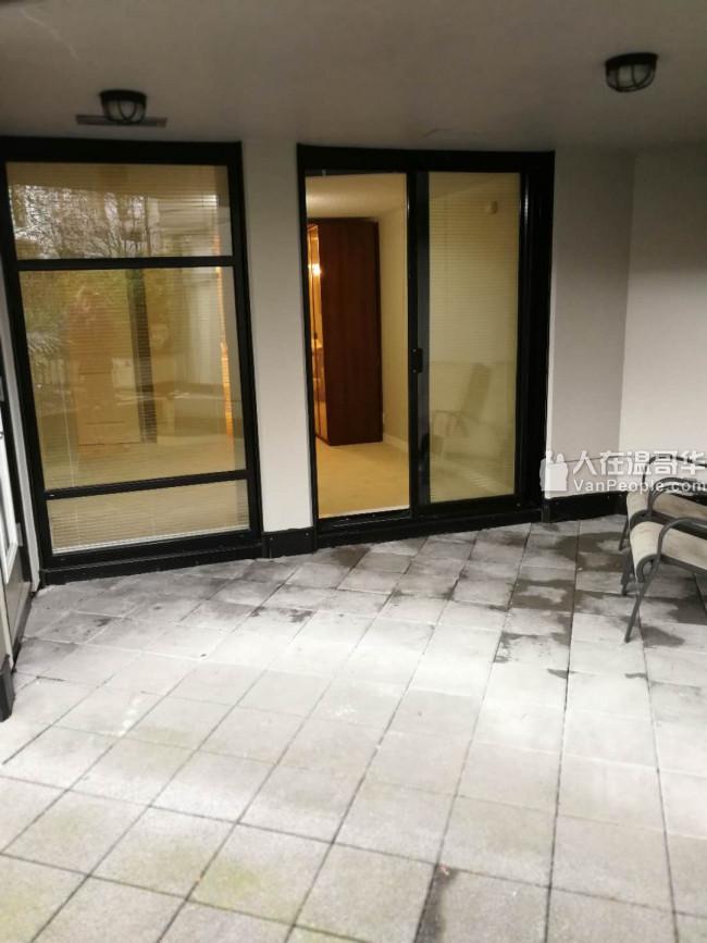 Joyce天车站一房一厅带院水泥公寓出租