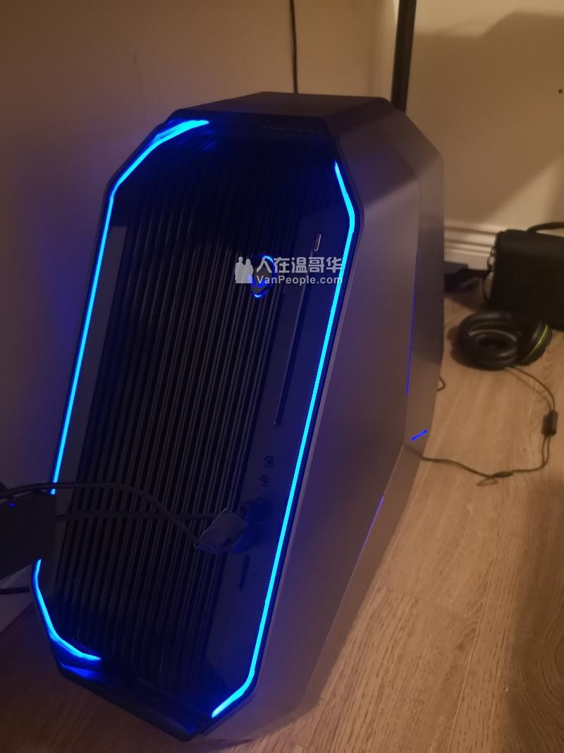 外星人Alienware Area-51 水冷游戏电脑台式主机 低价转