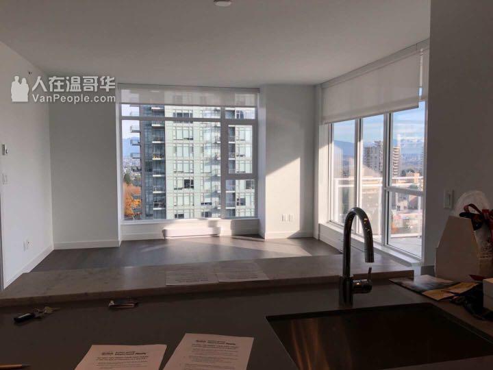 Metrotown 两室两卫全新公寓