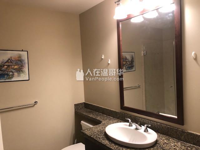 温哥华西区UBC中心美景高级公寓 1 房+ 1 卫出租