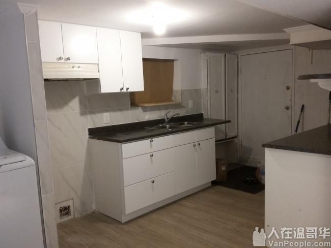 溫東47街近main獨立屋樓下翻新二房一廳出租