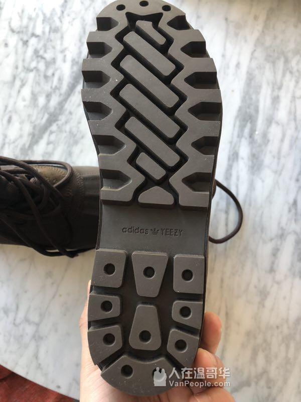 阿迪达斯Adidas Yeezy Boost椰子950