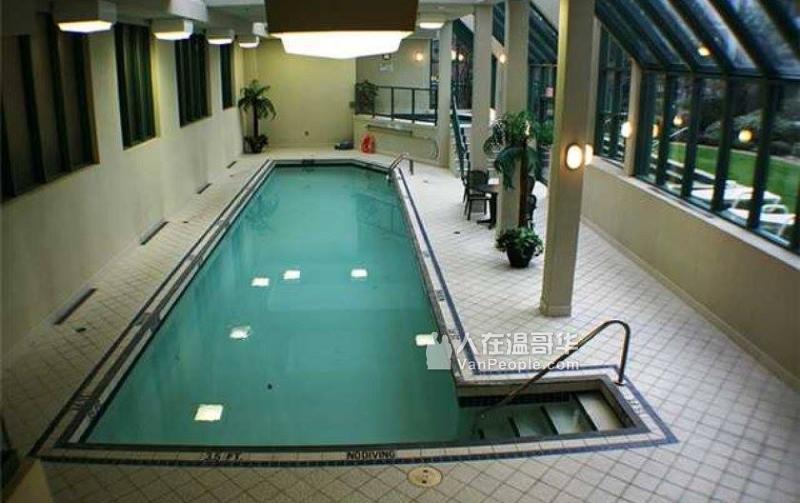 耶鲁镇 Yaletown 公寓出售:一房一厅一卫浴 (自住 投资 两相宜)