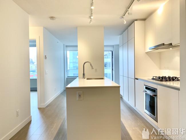 新西敏全新水泥高层公寓2房1卫生间735尺1车位1储物间出租