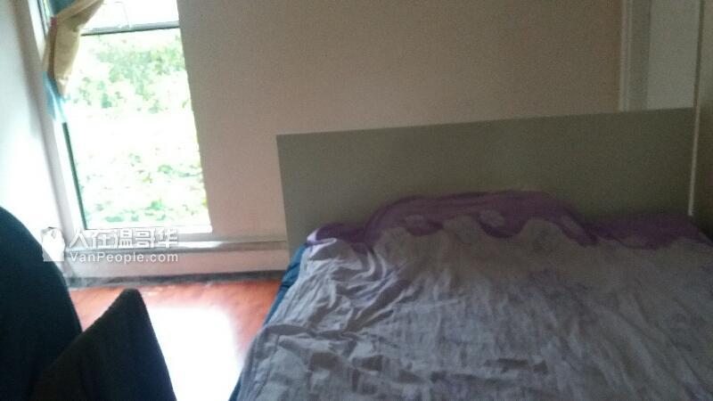 1350$公寓近天车KPU对面一房一大厅