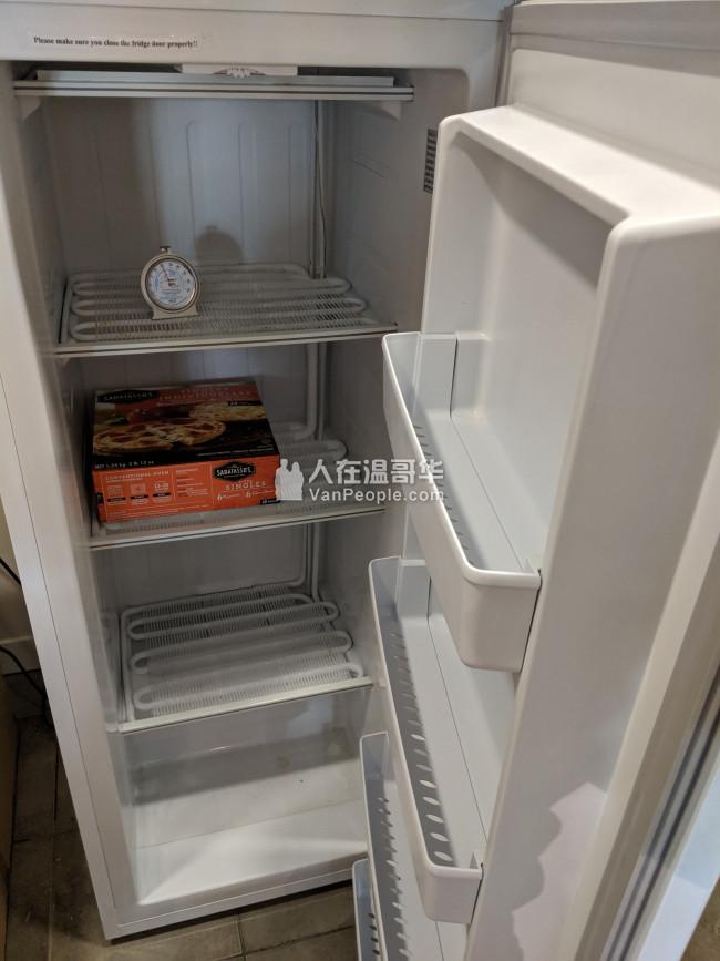 冰箱(冷冻)给钱就卖,需自取,标题还要15个字?