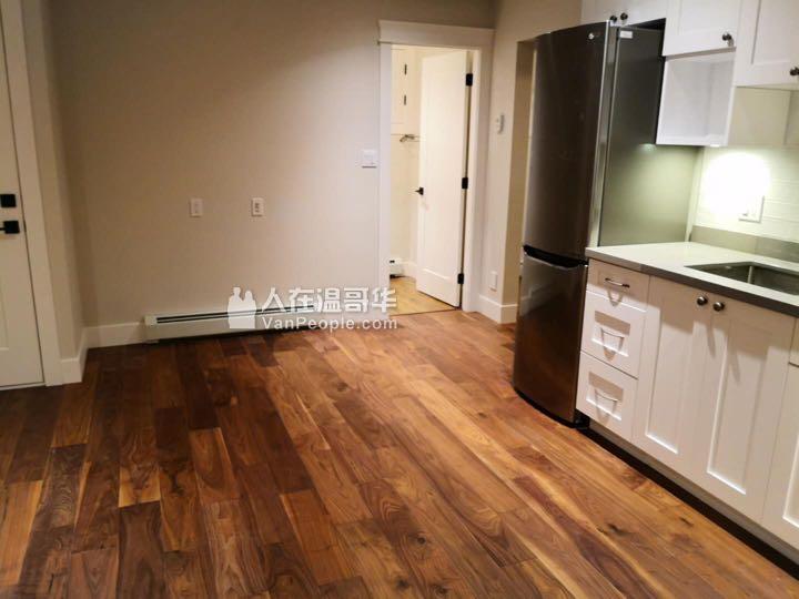 【现房可领包入住】全新装修 一室一厅一卫 一楼出租带厨房 独立出入 近UBC Downtown BCIT