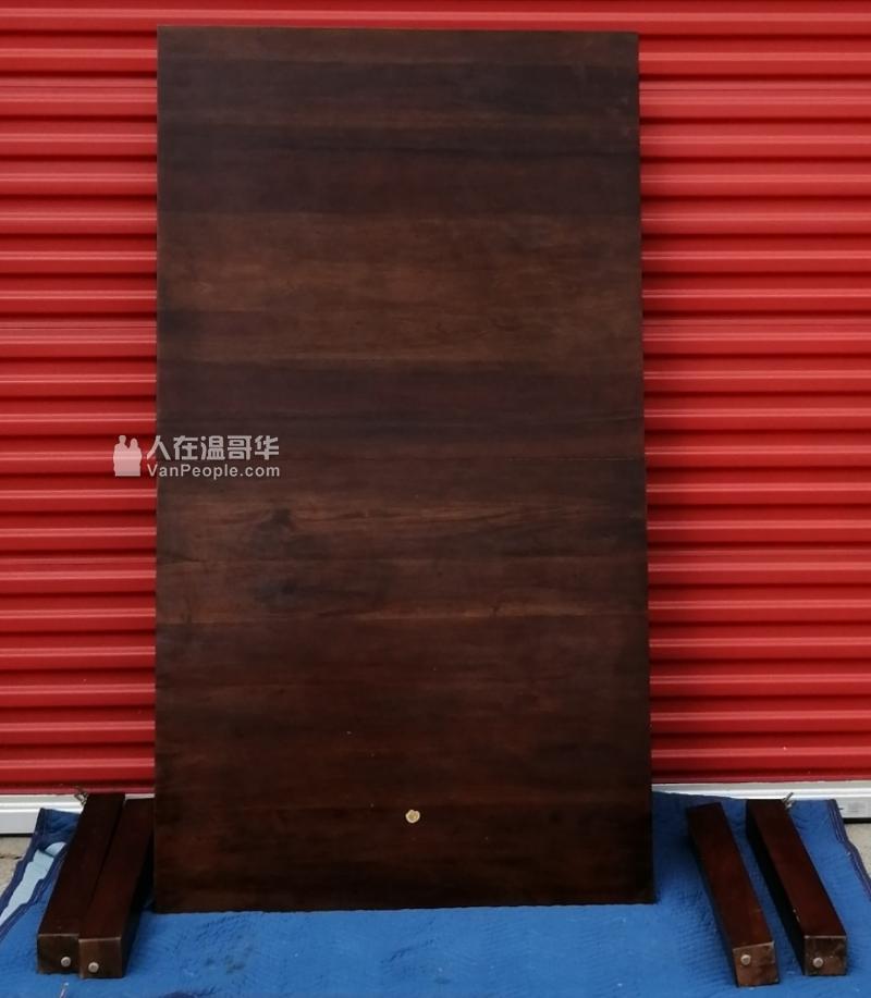 超好的实木大餐桌 1mx1.8m还可拉伸 200$