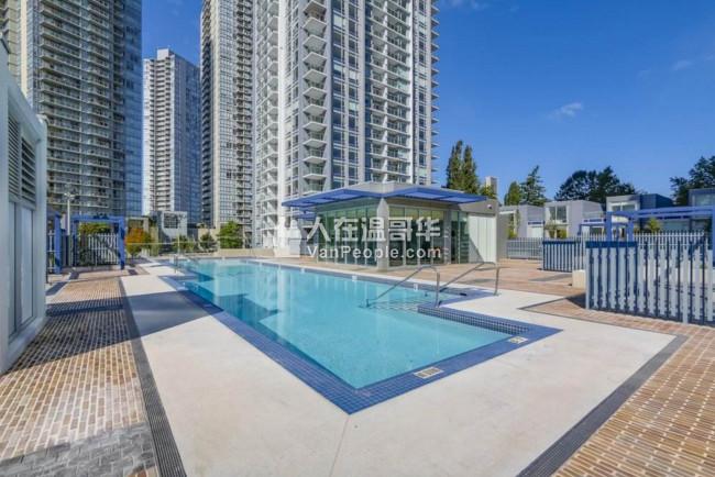 【出售高層公寓豪宅】Park Avenue West Surrey 素里,SFU附近 655 + 120 sqft