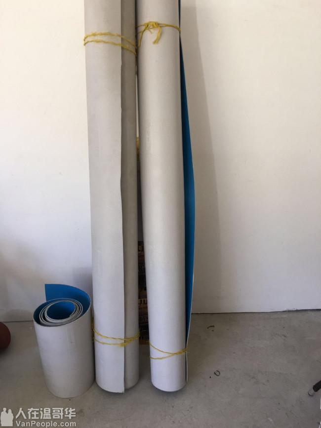 卖全新的铺地胶皮 可以铺室内和室外