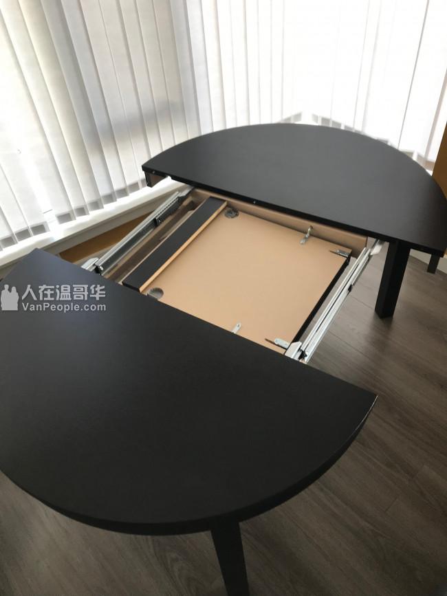 9.8成新 圆形餐桌 餐桌椅 地毯 出售 RMD自取