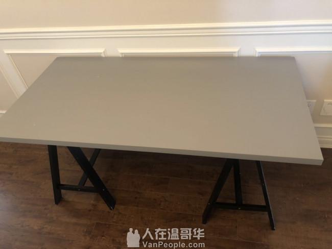 快速组合 桌子 适合聚会 烧烤 免工具搭建