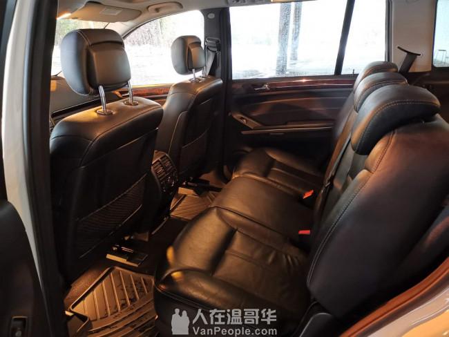 :2009年奔驰GL450 4.7L V8发动机 本地车无事故 超低里程数