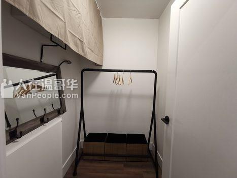 温哥华西区Cambie夹54街全新豪华2房2卫+1Den公寓出租