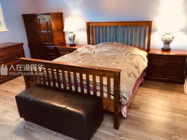 出清全部家具,实木床,实木餐桌酒柜一套,手绘油画,台灯沙发英格兰瓷器,