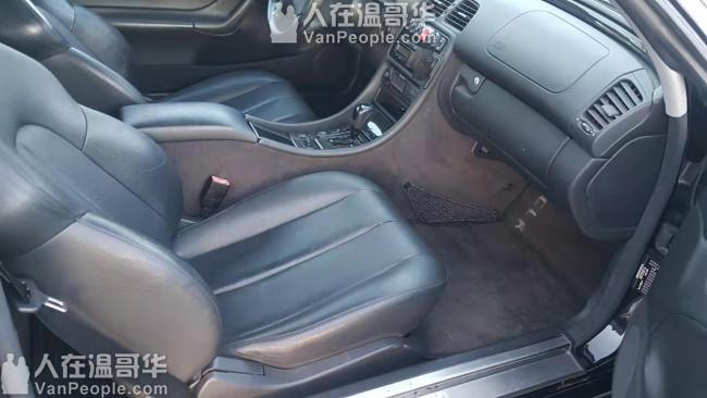 超值 !  低价售2001年奔驰跑车黑色,只要$6500