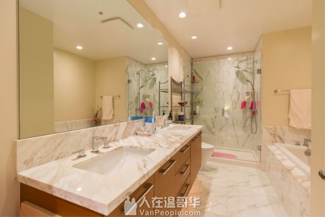 UBC校内公寓,家具全, 两室两卫,可整租分租,1500