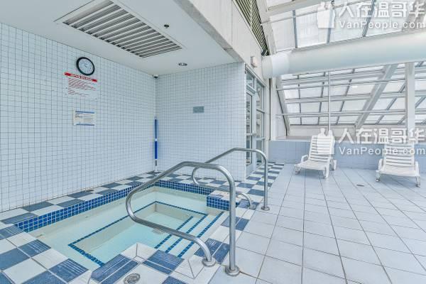 温哥华 downtown core area ($750 分租) -1 bedroom+阳光房
