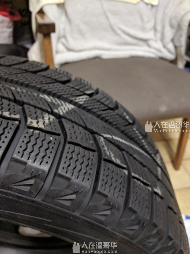 9.9新的米子莲雪胎连钢圈……