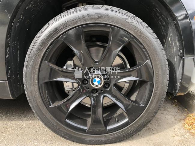 出售家裡一辆 2011 宝马 X5 3.0si 7人座 没有事故