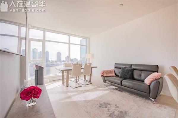 1年新的1室1卫公寓 - $2000