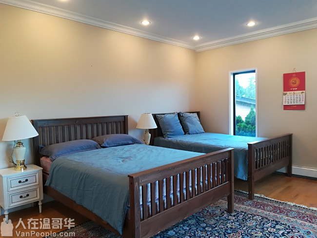 高贵林中心西侧,学区房。三层精装独立屋,新家具齐全,拎包入住。