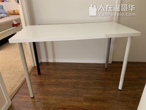 Ikea書桌