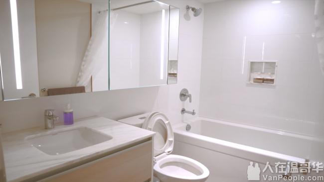 素里市中心新式公寓含全新家具厨房用品!一个月起租!拎包入住!