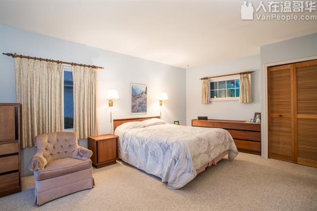 温哥华西区53街4睡房3卫浴整套房子出租