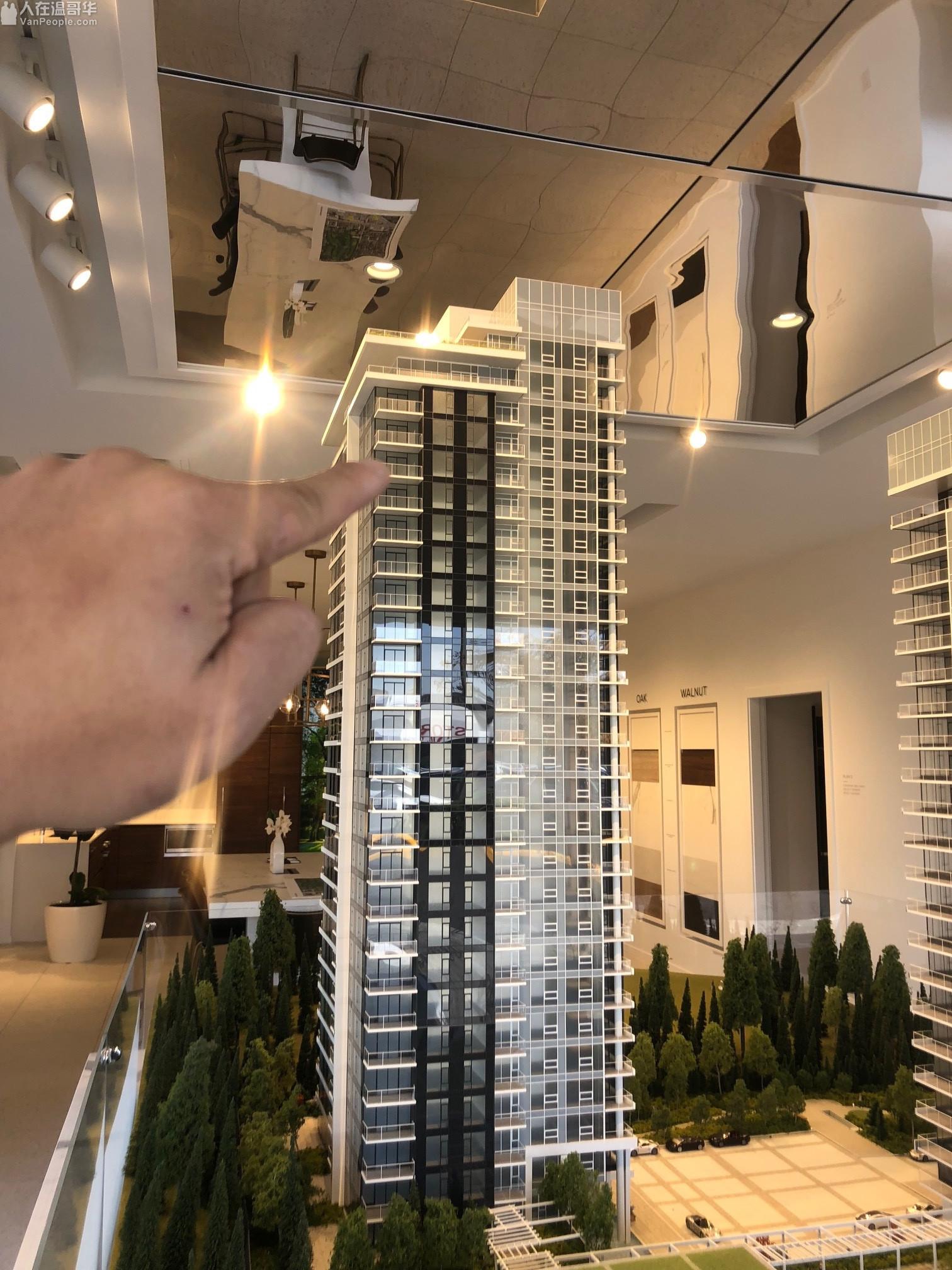 (平价卖) Wynwood Burquitlam) 21楼 & 4楼 各 1房