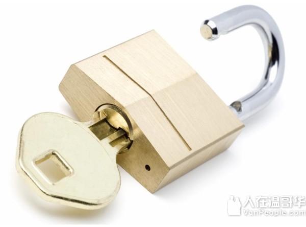 温哥华开锁换锁心修锁604-721-4888(锁匠牌照24小时服务)