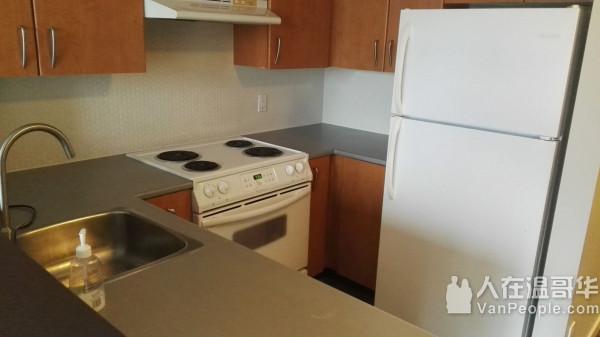 常年为短租公司、offic等提供清洁服务。清洗屋顶水槽  卖房清洁等