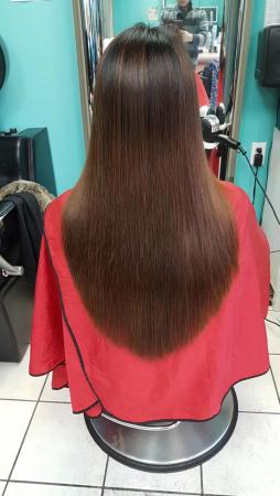 时尚家庭美发设计十多年经验,全大温最便宜理发男18元,女25元,提供高档时尚发型设计