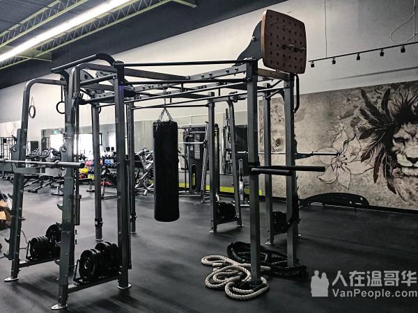 Plus One专业教练团队帮你完成你的健身目标
