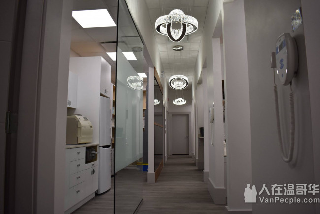 Oval Dental Centre 张秀瑜牙医博士, 精通国、粤、英语!欢迎新诊和急诊!
