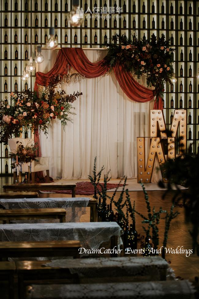 DC婚礼策划活动公司,拥有专业策划设计+场地布置,致力于让每对客户都拥有属于自己独一无二的婚礼!