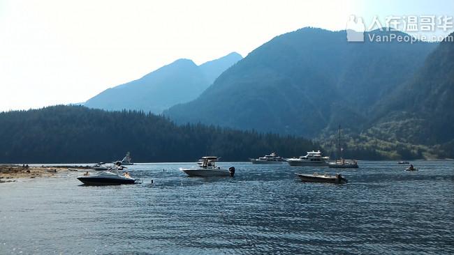 快艇俱乐部欢迎您!全套服务:租船,包船,一日游,培训,海钓,观光,冲浪等