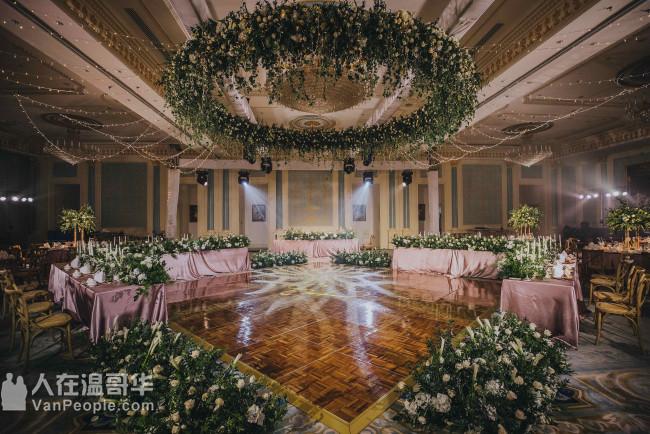 CARE宴会设计 专业团队为您提供全面周到的服务 满足您对婚礼与各类宴会的需求